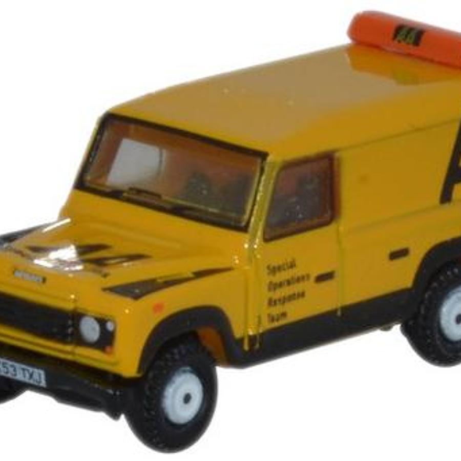 1:148 N Gauge Land Rover Defender LWB Hard Top AA