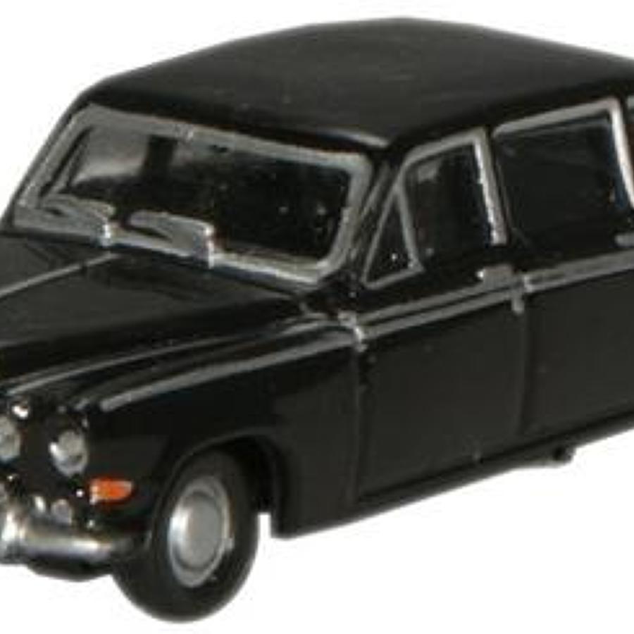 1:148 N Gauge Oxford Diecast  Black Daimler DS420 Limousine.