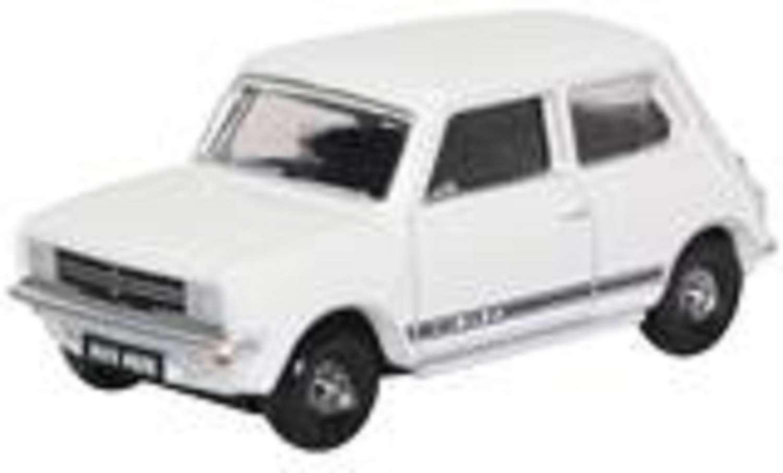 Mini 1275GT Glacier White